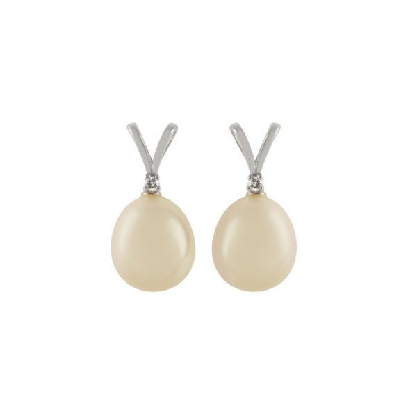 D142 Freshwater Pearl and Diamond Earring